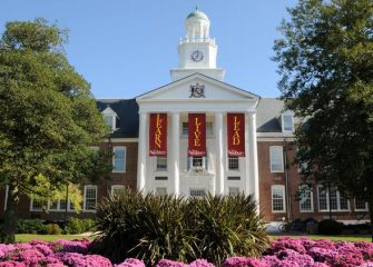 Alumni Homecoming, Family Weekend Events Set at SU